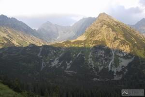 Temnosmrečinská dolina a Vajanského vodopád