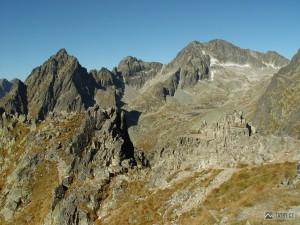 Prostredný hrot, Široká veža a Ľadový štíty z Lomnického sedla