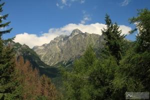 Výhled z Hrebienku na Lomnický štít