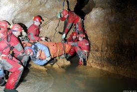 Záchranná akce v jeskyni Javorinka (Igor Harna)