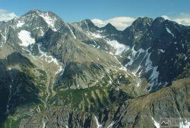 Ľadové štíty, Sedielko, Široká veža, Ostrý a Javorové štíty nad Zadnou Javorovou dolinou