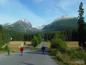 přístup od Štrbského plesa k Mlynické dolině