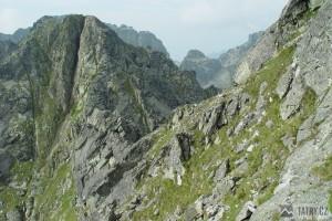 Hřeben Granátů odděluje dvě doliny