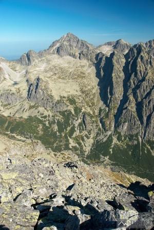 Malý Ľadový štít a Veľká Studená dolina z vrcholu
